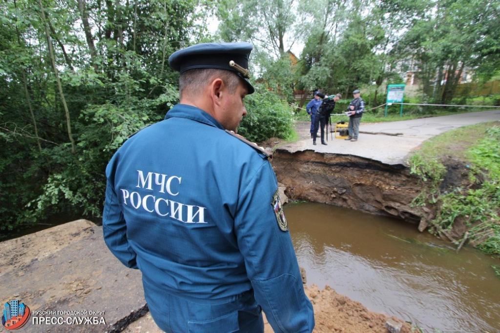ВРузском округе из-за ливня затопило дачное поселение